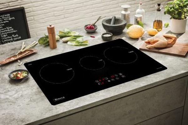 Hình ảnh thực tế bếp từ Binova BI-334-ID