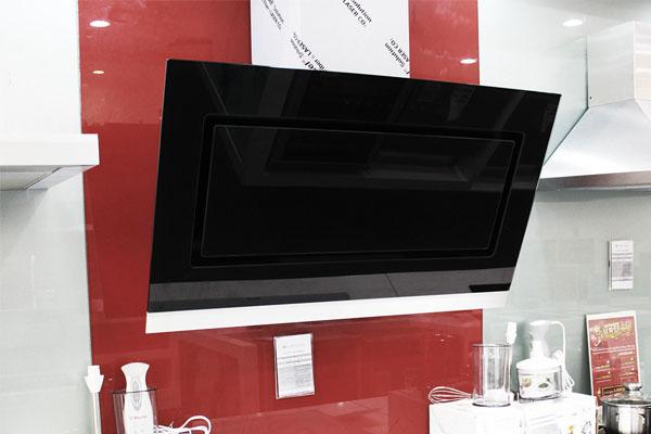 Hình ảnh thực tế máy hút mùi Bosch DWK098G60