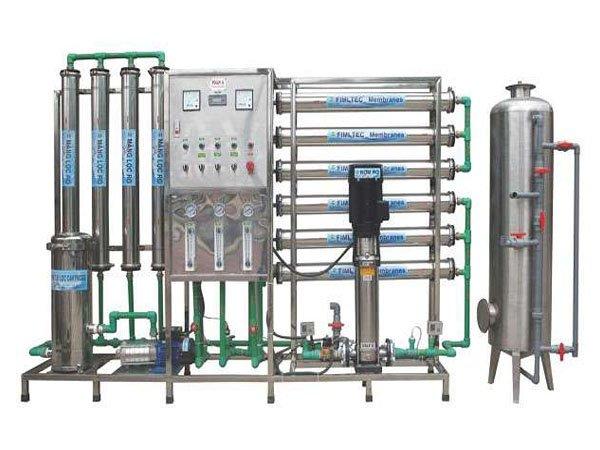 Máy lọc nước công nghiệp Karofi 2000L/H 1